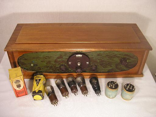 Unknown 3-tube radio