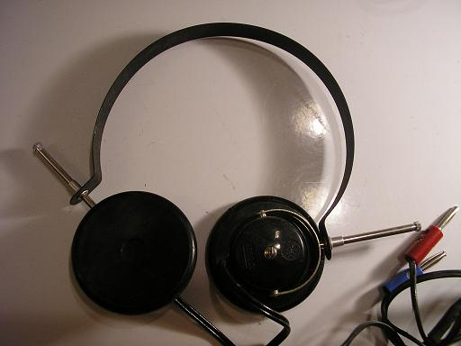 Omega 5P headphones